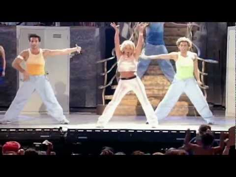 Britney Spears - (You Drive Me) Crazy - Crazy 2K Tour Live in Hawaii 2000 HD