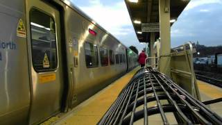 MNR Double GE Genesis P32AC-DM and single M7-A at University Heights R3 [HD]