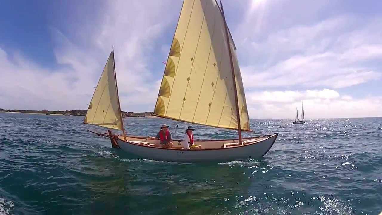 Gaff rigged sailing along garden island western australia for 68 garden design gaff rigged schooner