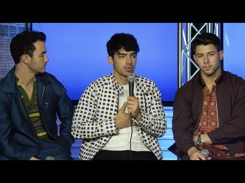 Free Download Exclusive: The Jonas Brothers Reveal Their Favorite Tracks From 'happiness Begins' Mp3 dan Mp4