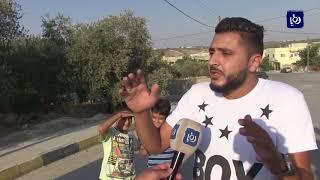 إخراج موظفي منطقة إبدر التابعة لبلدية السرو في إربد من مكاتبهم - (10-9-2017)
