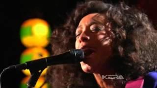 Corinne Bailey Rae  - I'd Do It All Again  - In Live - 2010 -.avi