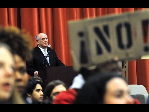 Students Protest Lecture By Dr. Charles Murray at Middlebury College