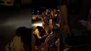 Xôn xao clip người phụ nữ vung tay với du khách ở Hội An