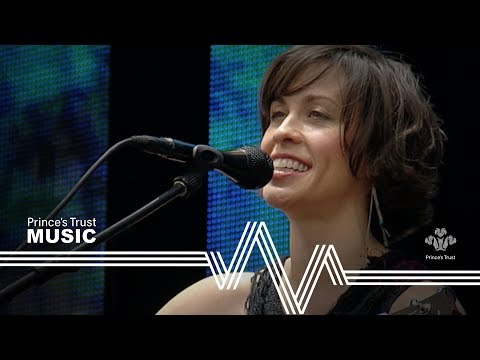 Alanis Morissette - Head Over Feet - Unplugged (The Prince's Trust Party In The Park 2004) mp3