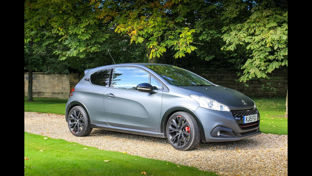 peugeot 208 gti by peugeot sport highlights video super. Black Bedroom Furniture Sets. Home Design Ideas