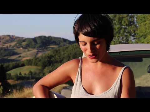 Solo se trata de vivir  (Acoustic Cover - Litto Nebbia) - Malena Di Bello
