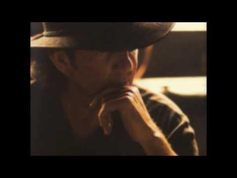 Tony Joe White & Emmylou Harris - Wild Wolf Calling Me