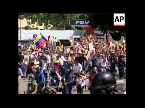 Clashes as anti-Chavez protests turn violent in Caracas