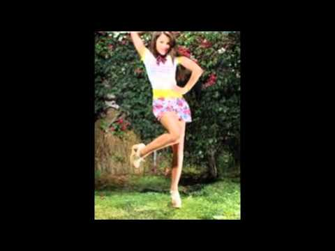 Bella Thorne & Zendaya Coleman. TTYLXOX/Swag it out. by xxxbellax44