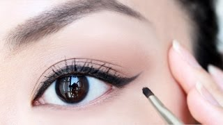 HOW TO: Apply Eyeliner For Beginners | chiutips thumbnail