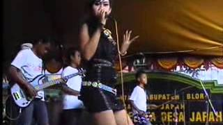 Download Video NEW ANDHITA KOPLO TENDA BIRU MP3 3GP MP4