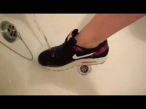 Her Nike Airmax one are getting soaked