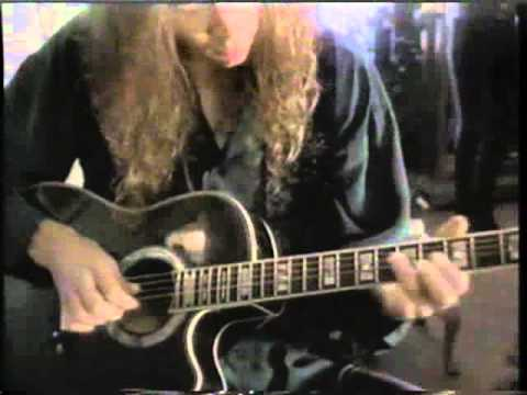 Paul Gilbert interview hot guitarist video magazine.avi