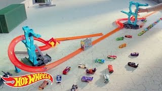Hot Wheels® Track Builder Spiral Stack-Up™ Track Set | Hot Wheels