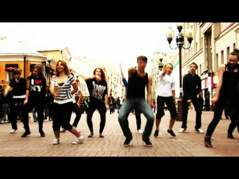 Dance flashmob for Rihanna Moscow