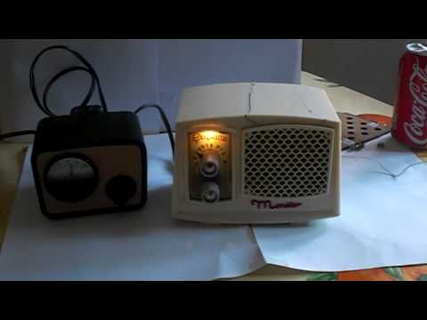 RADIO ANTIGUA MINIATURA PERIQUITO MONITOR OLD RADIO