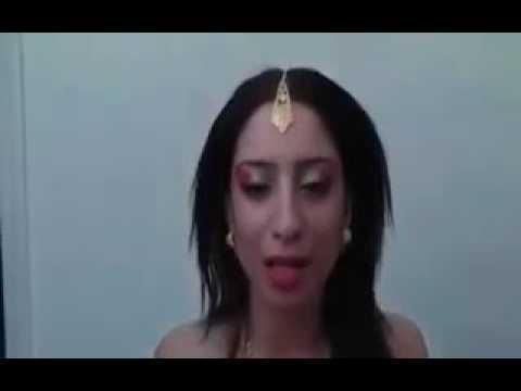 Sanya Chodoge to Roti Pakya dungi sexy song