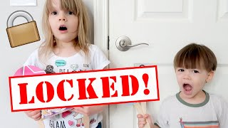 ESCAPE the Doll Maker! Locked in the Bedroom! The Doll Maker is Controlling My PB & J