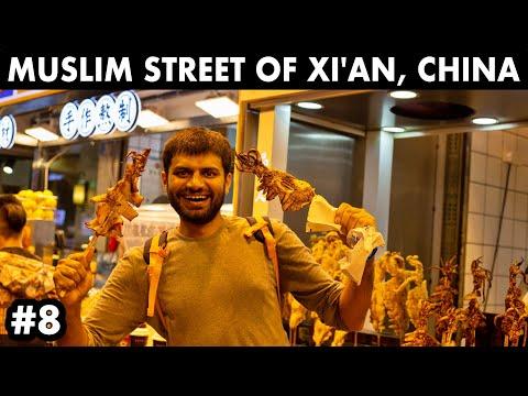 exploring-muslim-street-of-xi'an---chinese-food,-china