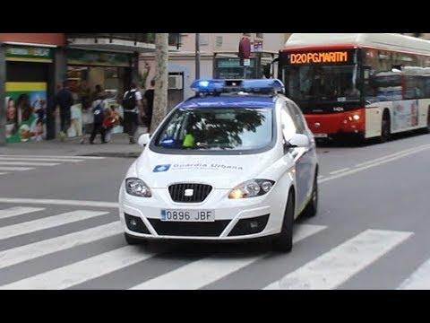 Guardia Urbana Barcelona a un servicio urgente // Barcelona Police responding
