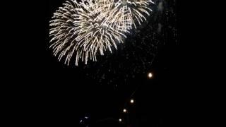 花火大会の動画に黒木渚の「砂金」を合わせました。曲は途中で終わって...