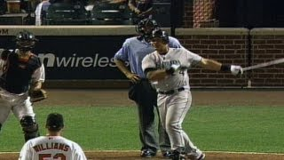 Miggy turns attempted intentional walk into go-ahead single