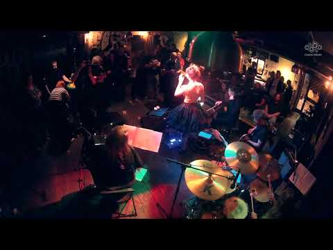 Hazel Iris - Watterson (live at Whispers & Hurricanes, September 2017)