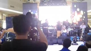 Video Judika feat Isty Julisty keren banget.. Gila banget suaranya.. download MP3, 3GP, MP4, WEBM, AVI, FLV Oktober 2017