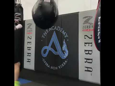 MIKE RICHMAN IN TRAINING FOR HIS DEBUT BKB BARE KNUCKLE FIGHT IN THE UK AT BKB11