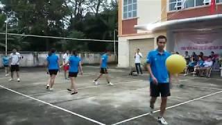 Đội Chi cục và Đội Thông tin: Giao lưu bóng chuyền hơi nhân kỷ niệm Ngày Phụ nữ Việt Nam