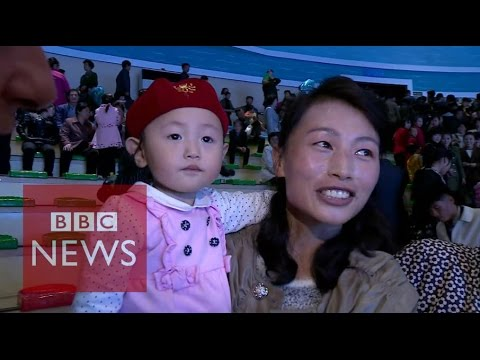 North Korea: Relaxing with the residents of Pyongyang - BBC