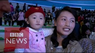 North Korea: Relaxing with the residents of Pyongyang - BBC News
