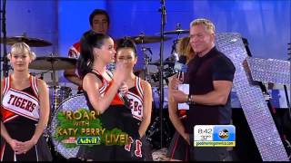 Katy Perry   Walking On Air live 25.10.2013 Good Morning America