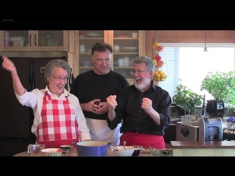 Homemade BBQ sauce with guest actor Dave White