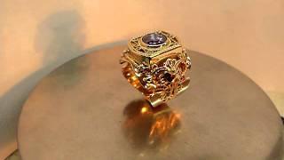 Мужской перстень.