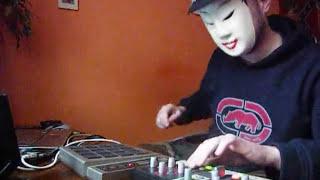 Jacob Miller - Tenement Yard  : akai mpd 16 , novation nocturn fx & drum  jungle live solo
