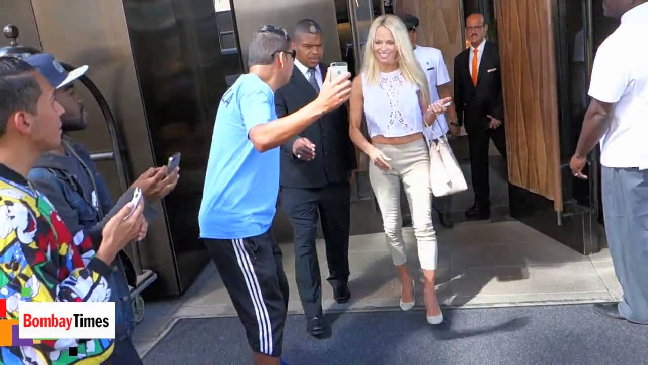 Pamela anderson joins canadian indie 39 the people garden - Pamela anderson the people garden ...
