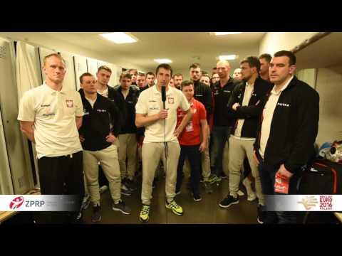 Polscy piłkarze ręczni dziękują kibicom na ME