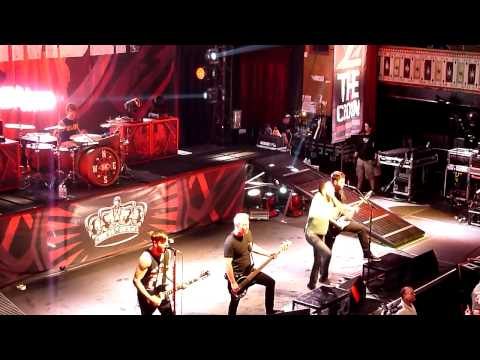 Violence (Enough Is Enough) - A Day To Remember - Common Courtesy (2013 Live)