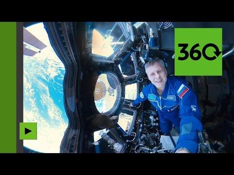 Les premières images panoramiques époustouflantes de la Terre, filmées depuis l'espace