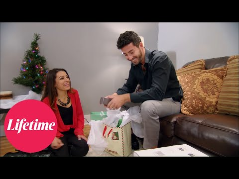 Married at First Sight: Jaclyn Laughs at Ryan's Gift (Season 2, Episode 5) | MAFS