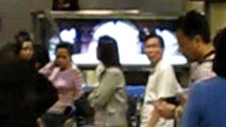 Xiao Jing Teng at S'pore Airport 16APR09