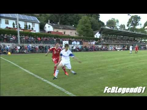 Ein Schuss ein Tor die Bayern - Ribery (Bayern München Meisterfeier 2013)из YouTube · Длительность: 1 мин41 с