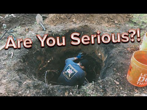Privy digging tragedy | Antique bottle dig gone wrong!