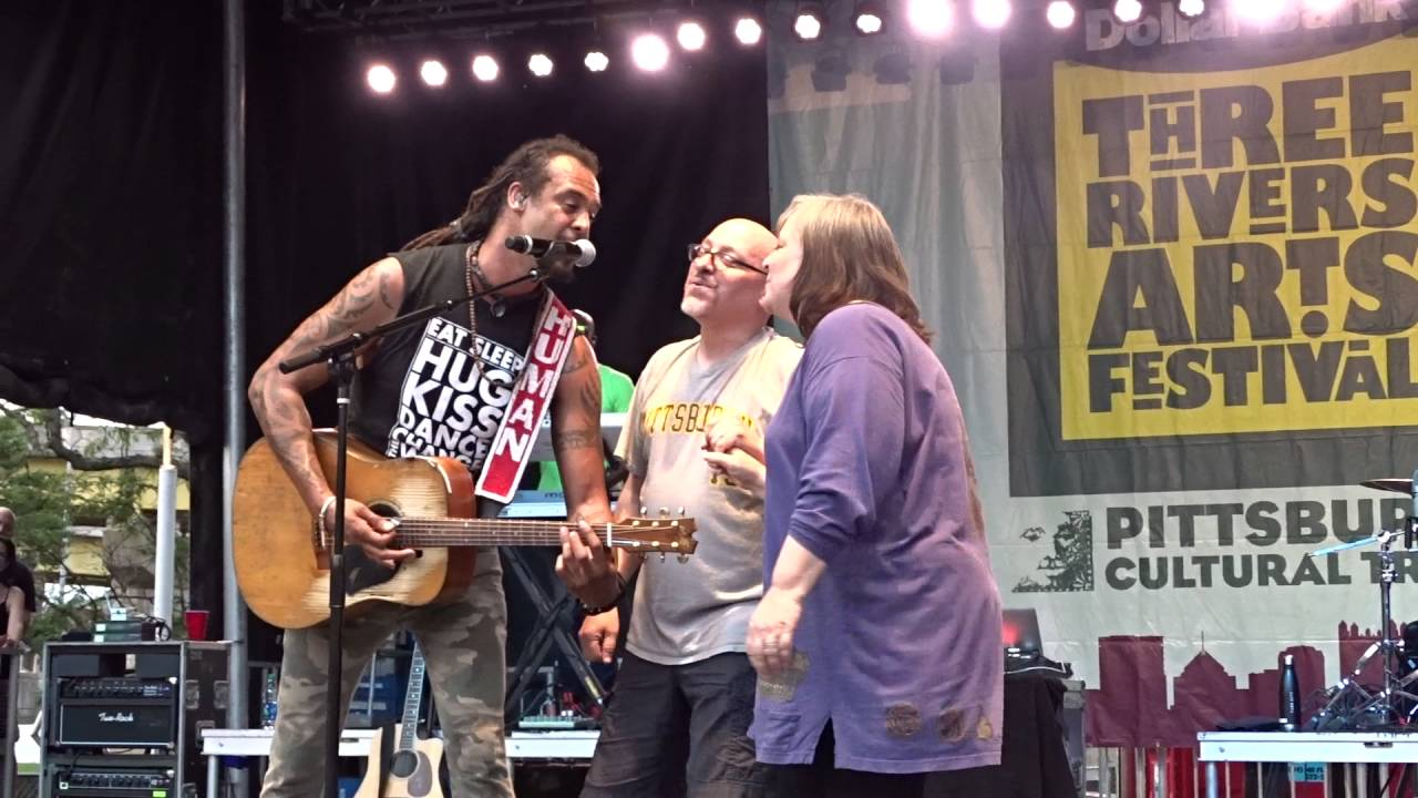 michael-franti-my-favorite-wine-is-tequila-pittsburgh-pa-06-03-16-rd350c