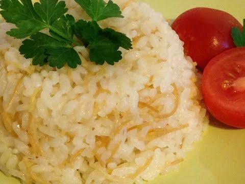 Веганское блюдо фасоль barbunya с рисом. Турецкая кухня.Turke