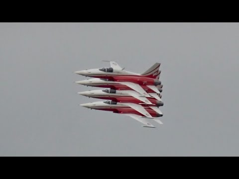 Patrouille Suisse Swiss Air Force flying Display incl. ATC RIAT 2017 AirShow