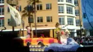 2014 ROSE PARADE: CAL POLY FLOAT