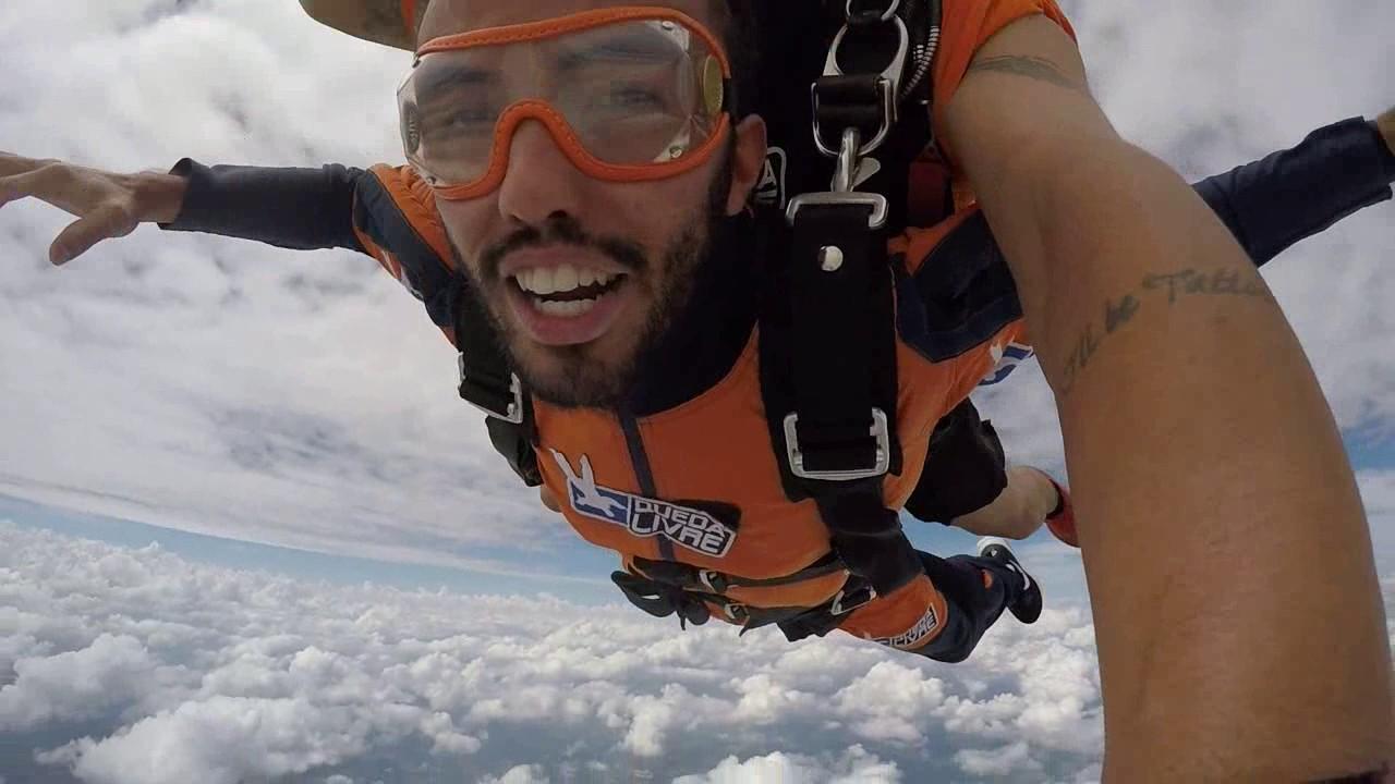 Salto de Paraquedas do Silvio na Queda Livre Paraquedismo 15 01 2017